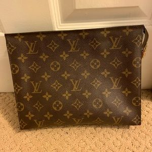 Authentic Louis Vuitton toiletry 26